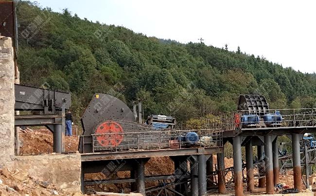 湖南时产300吨石子厂粉碎机生产线