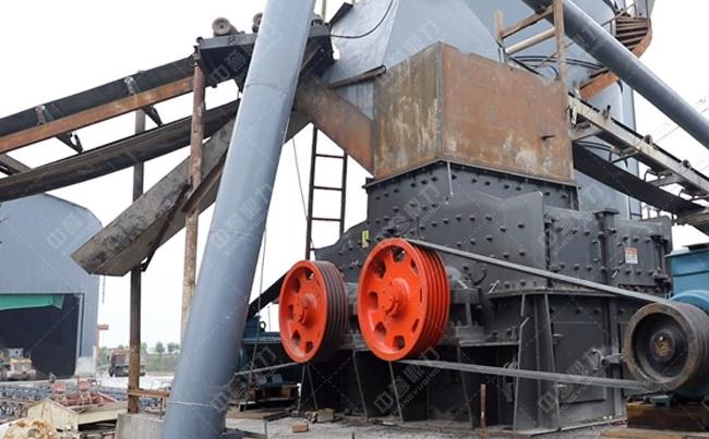 时产200-250方石灰石粉碎砂子生产线